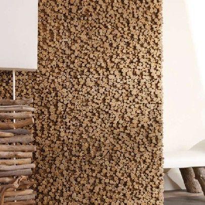 Bleu Nature, fabricante Francés, han realizado paneles de pared llamados Pixels de bois flottés en relief y compuestos por piezas de madera pegadas verticalmente y listos para ser montados en una pared.