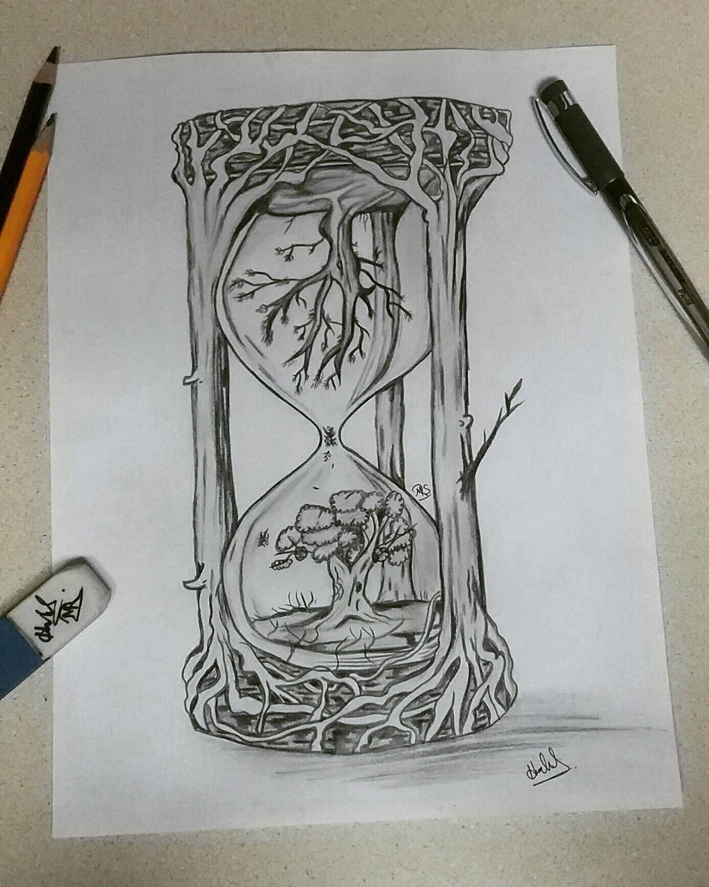 Creative hourglass drawing