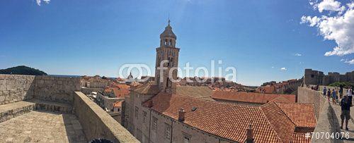"""Laden Sie das lizenzfreie Foto """"Dubrovnik"""" von suzanaspic zum günstigen Preis auf Fotolia.com herunter. Stöbern Sie in unserer Bilddatenbank und finden Sie schnell das perfekte Stockfoto für Ihr Marketing-Projekt!"""