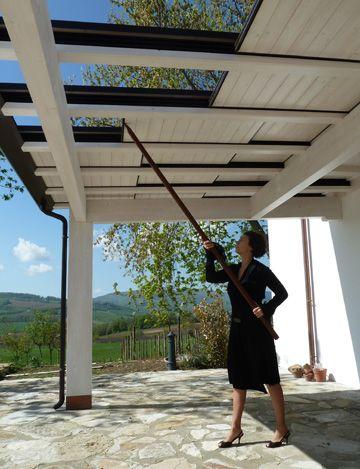 Pergole in legno arredamento t terrazzo pergolato for Tetto in vetro prezzi
