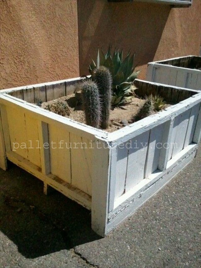25 Vertical And Box Recycled Pallet Planters Pallet Planter Pallets Garden Pallet Diy