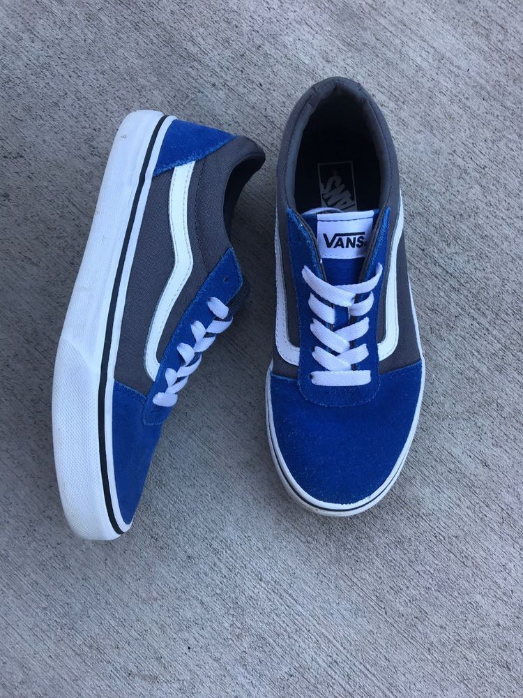 5e33983890 youths old school vans two tone blue Grey canvas Suede white size 3 Shoes