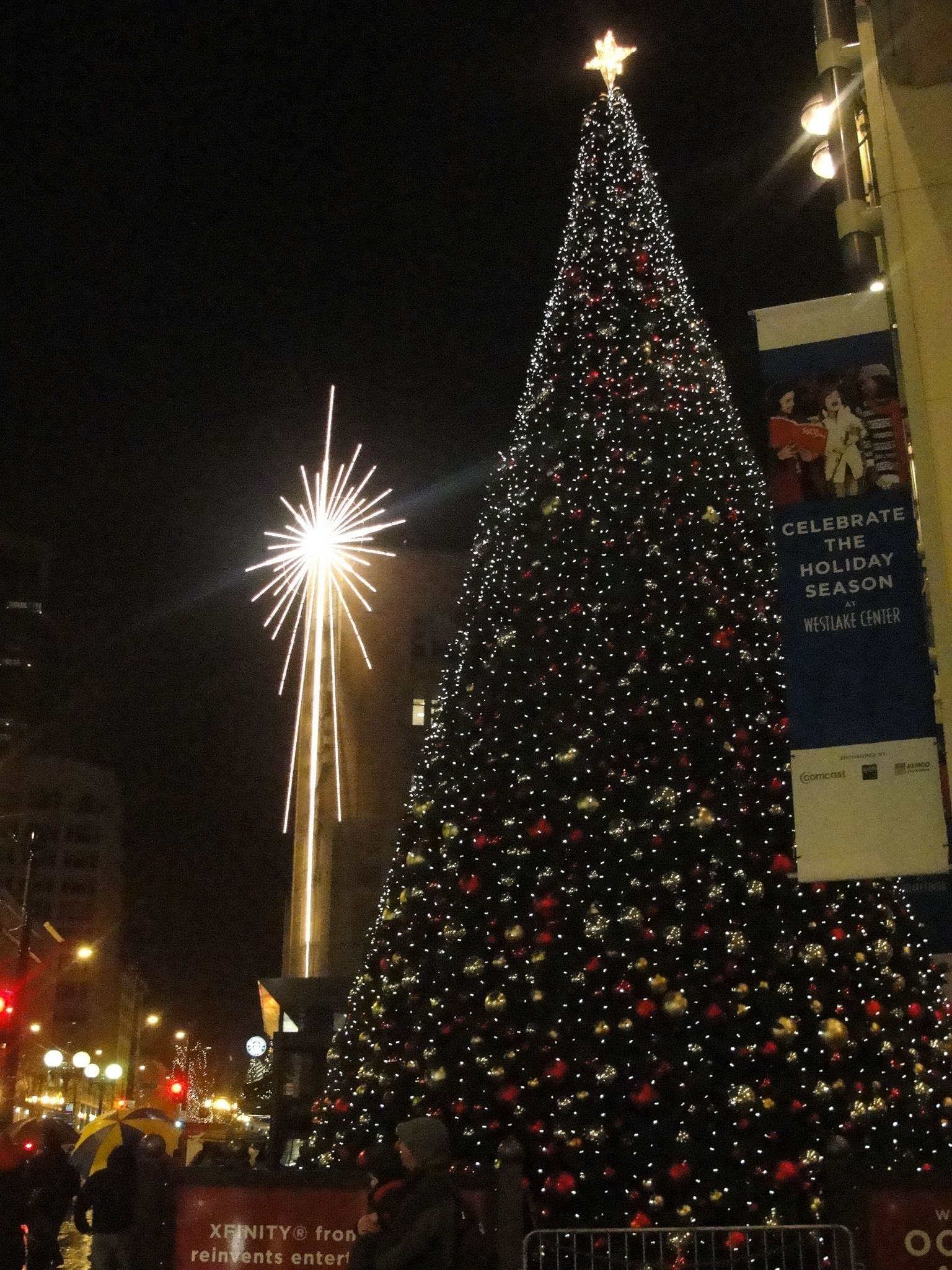 A Christmas Evening in Downtown Seattle 3 Free Happenings