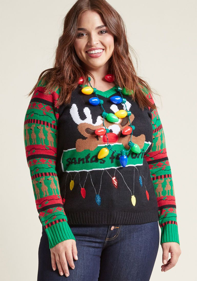 Season's Pleasings Sweater and Necklace Set in Lights