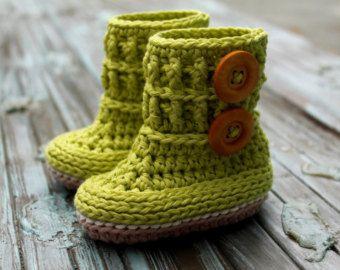 Crochet Pattern for Baby Girls Wellington Baby von Inventorium