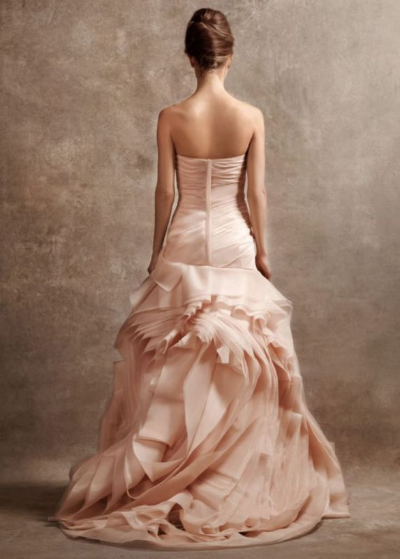 14 Amazing and Breath-taking Wedding Dresses for 2014 | Red wedding ...