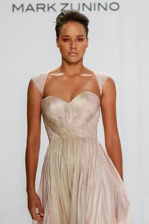 d5ce928f5 Pin de Raiza Alonso en Moda de mujer