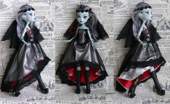 Monster High Clothes hand made Dress, fantasy style dress, Goth dress for Monster High, OUTFIT for Monster Doll with veil, gothic style on Etsy, $22.00