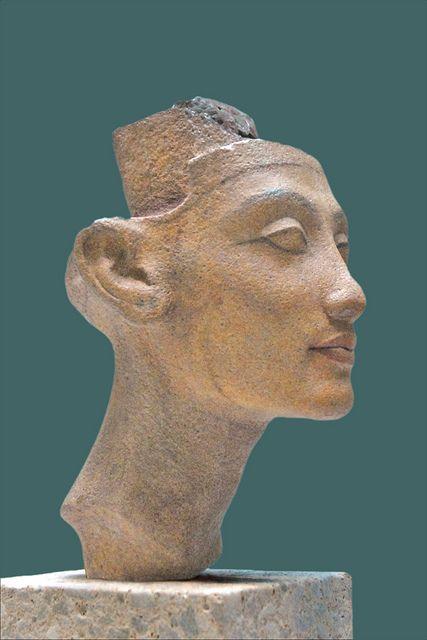 nefertiti ou meritaten neues museum berlin egipto