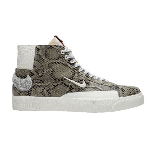 Check out the Soulland x Blazer Mid SB 'FRI.day 03' on