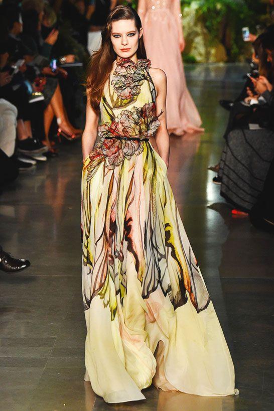 351138ffe73ee Haute couture · Printemps Été 2015Elie Saab PrintempsFemme FleurJolie RobeLa  FemmeRobe Soirée MariageRobe De PrincesseRobe De RêveRobe Long