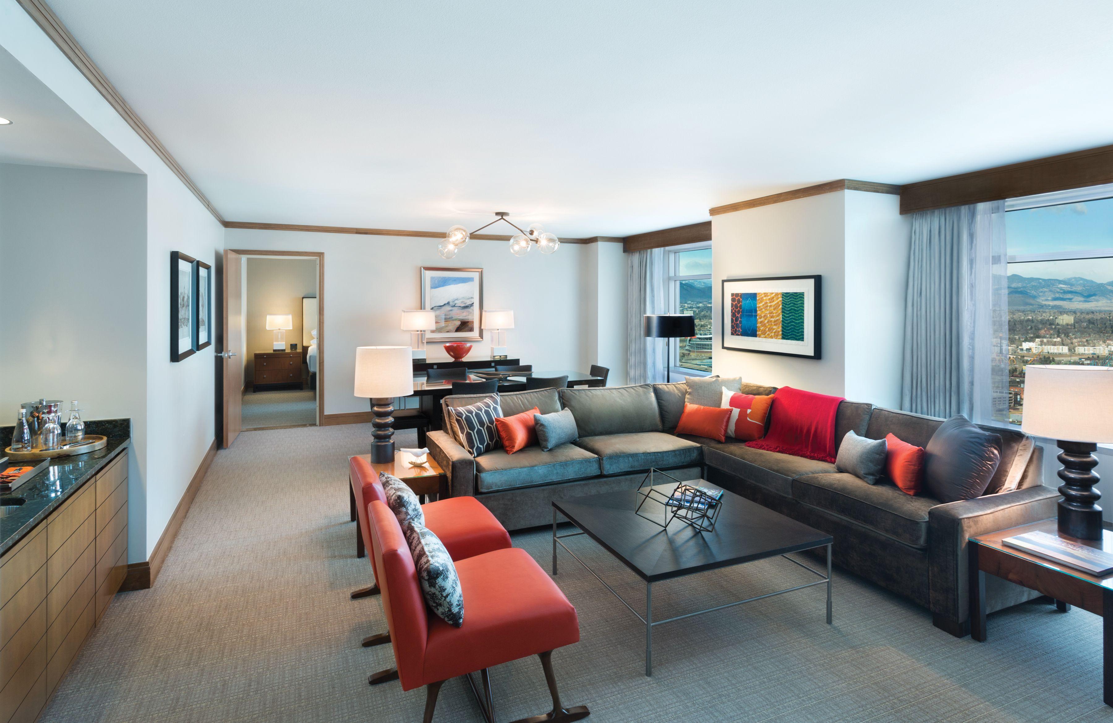 Cottonwood Suite 1 140 Sq Ft Hyatt Regency Denver Denver