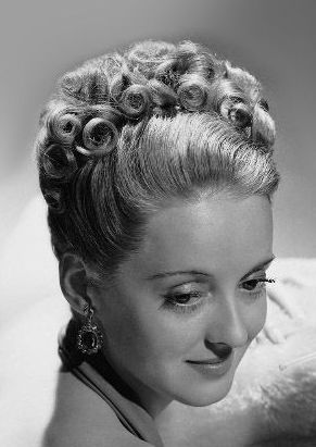 1930s hairstyles retro hairstyles you could wear today hmc 1930s hairstyles retro hairstyles you could wear today pmusecretfo Gallery