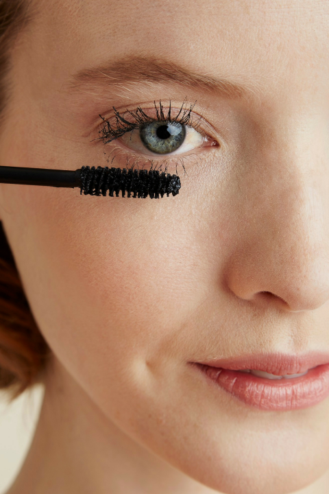 4 Steps to Apply Mascara Perfectly, Every Time How to