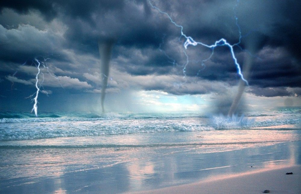 Pictures Lightning Storm Ocean Water