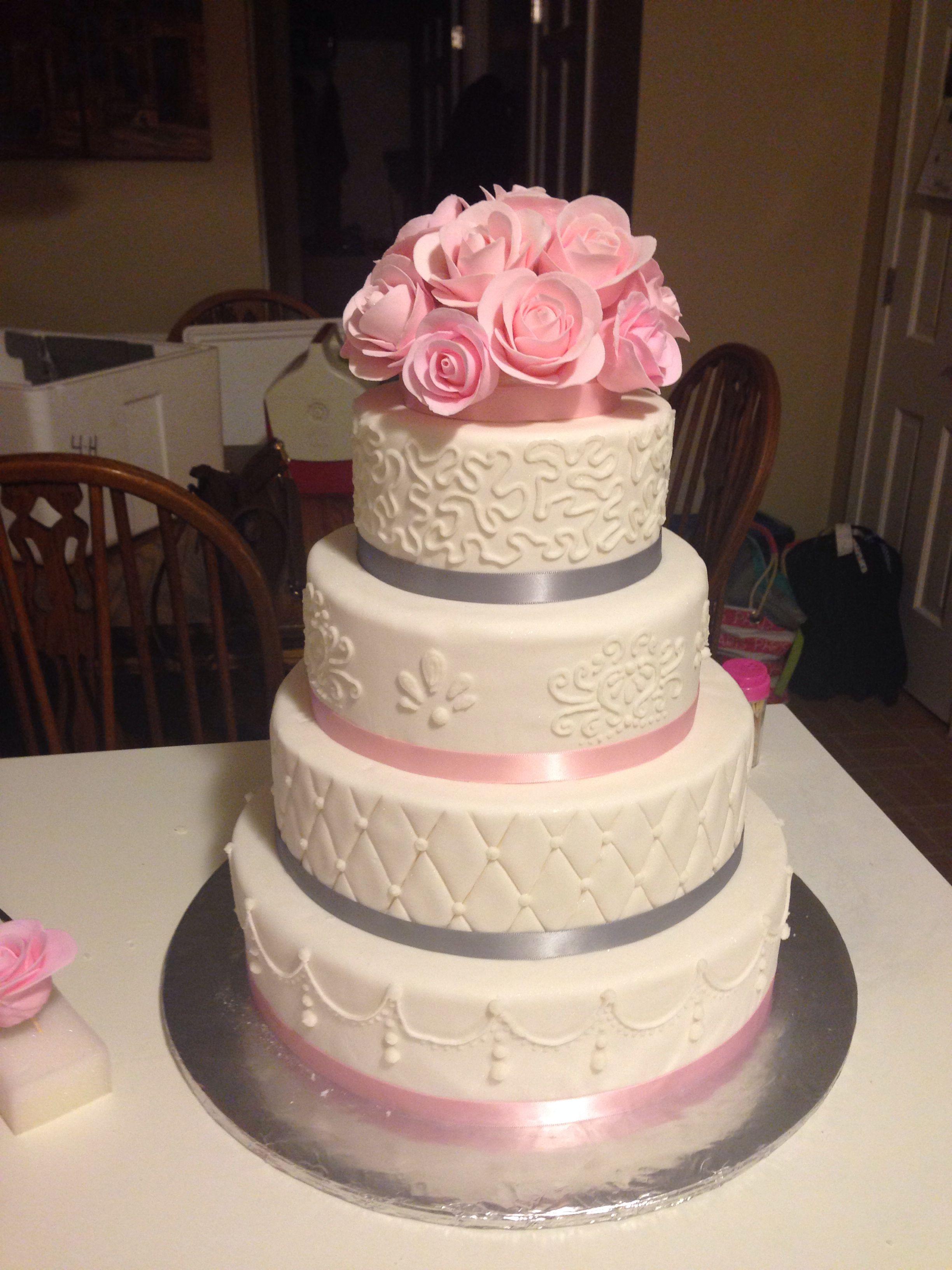 White, light pink and grey wedding cake. Pinkham paste