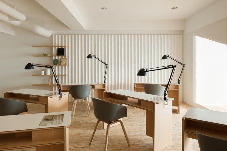Kolmio Lim Nail Salon in Osaka, Japan Designed by Yusuke Seki ...