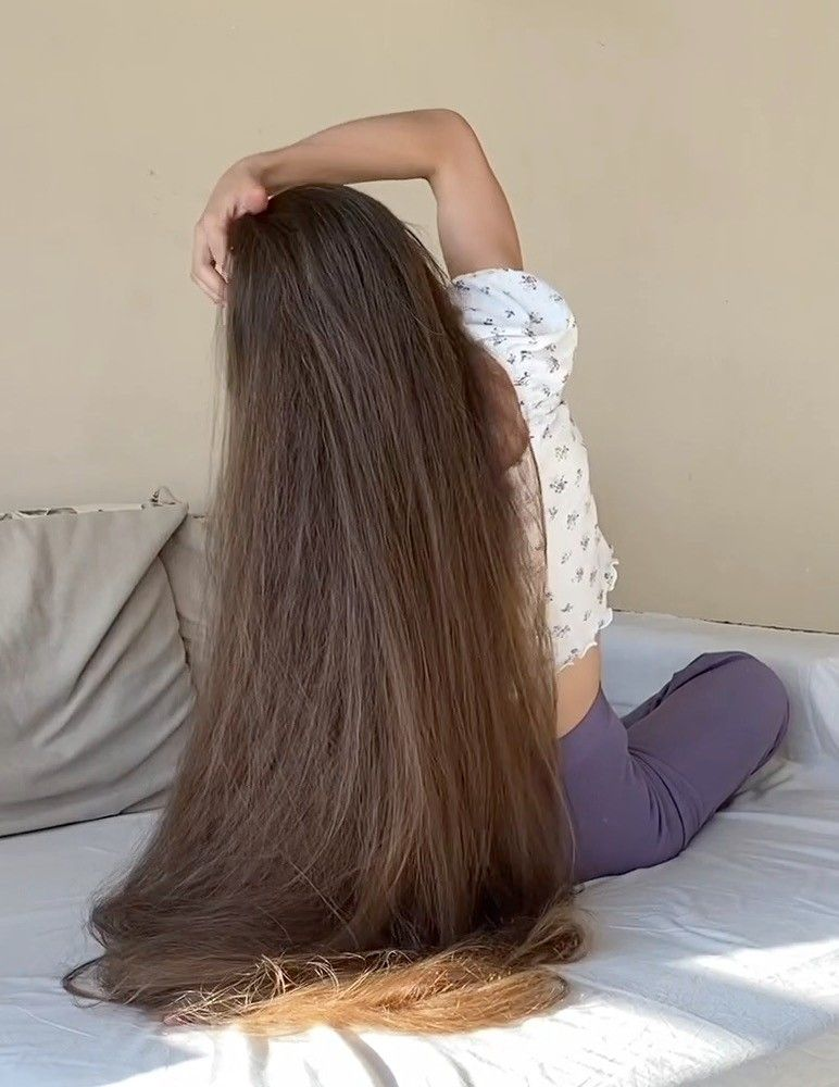 Video This Is The Definition Of Perfect Hair Long Hair Styles Really Long Hair Long Hair Girl