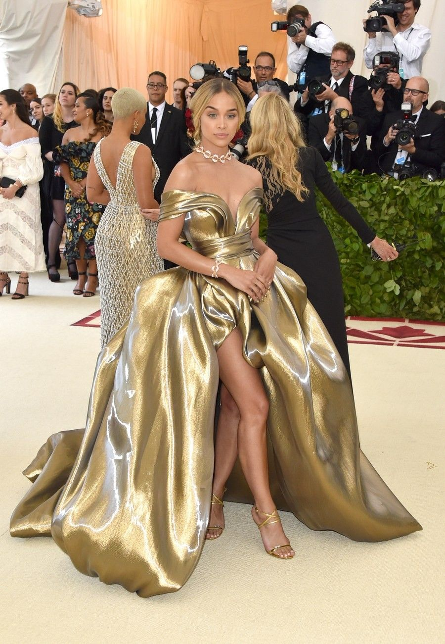 "JasmineSanders  MetGala 2018 Theme  ""Heavenly Bodies  Fashion and the  Catholic Imagination"" f891604939c"