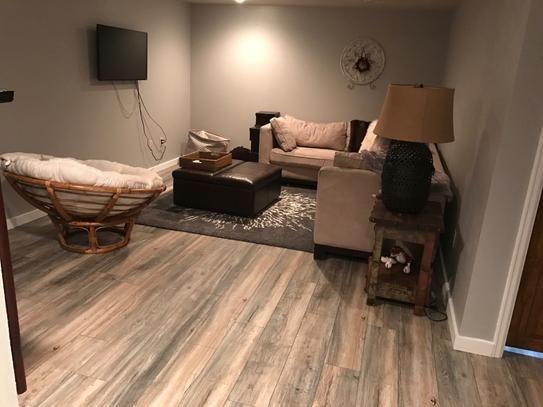 Laminate Flooring, Winterton Oak 12mm Laminate Flooring