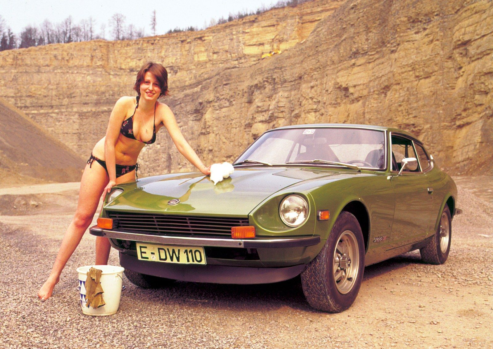 Gonna have ash take a pic of me like this with my 260 z