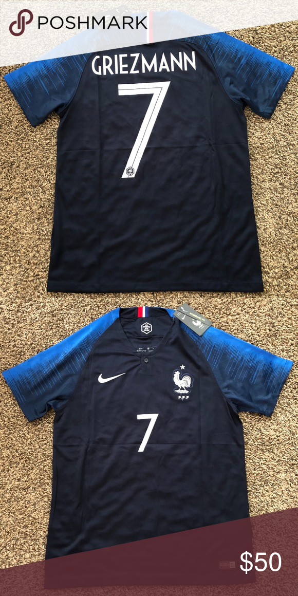 8db323d7c39 2018 World Cup France Antoine Griezmann jersey Brand new with tags 2018  World Cup France men s jersey with  7 Antoine Griezmann . Ships same  business day!