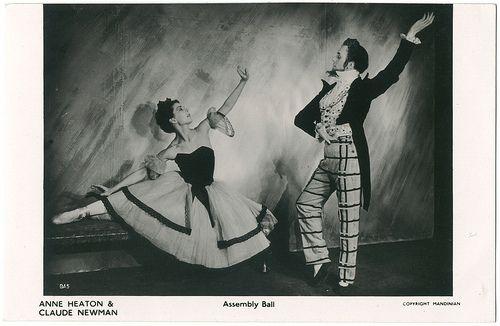 0045 Ann Heaton & Claude Newman in 'Assembly Ball'_Sin datos; 45. Photo Mandinian