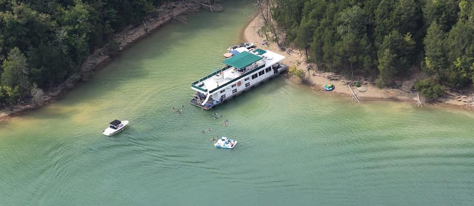 Dale hollow lake houseboat rentals houseboat vacation