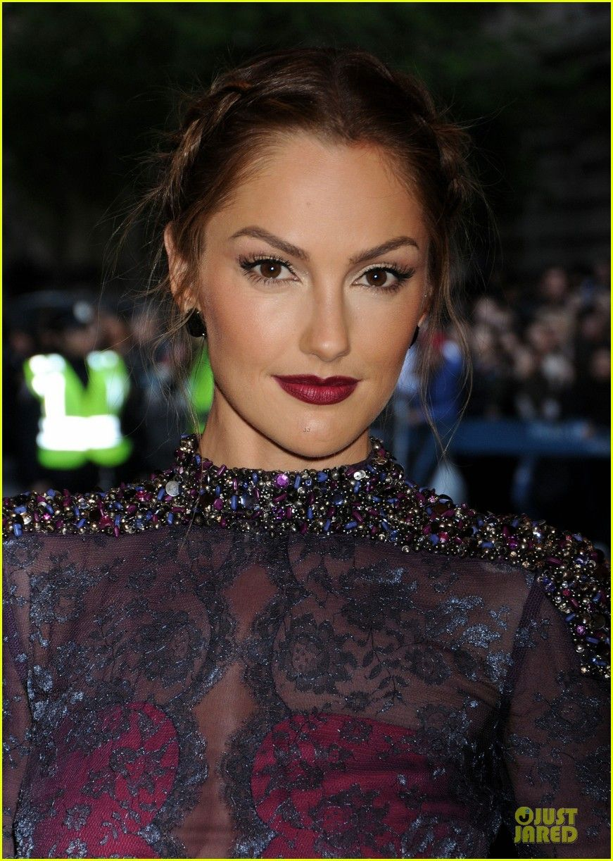 Minka Kelly is stunning at the 2013 Met Gala held at the
