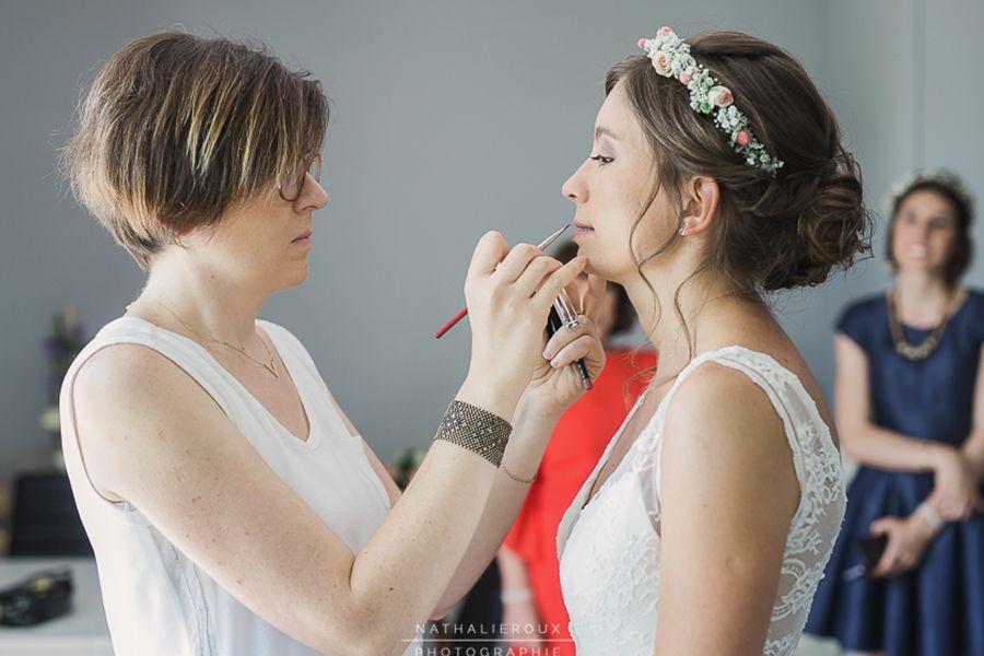 Coiffure maquillage mariage à lyon, Beauty Art Coiffure, coiffure mariée  couronne de fleurs et