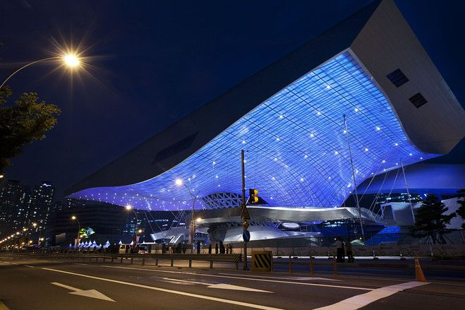 Slideshow Busan S New Cineplex Facade Architecture Architectural Lighting Design Roof Architecture