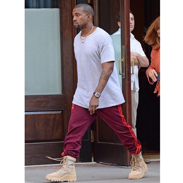 2516403ad Kanye West - Yeezy Season 4 Calabasas Sweatpants▫️Yeezy Military Boots.