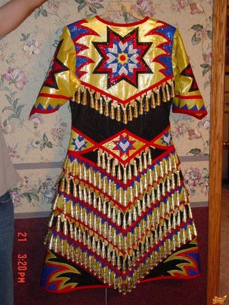 Pingl par marianne bullock sur pow wow pinterest for Vetements artisanat indien