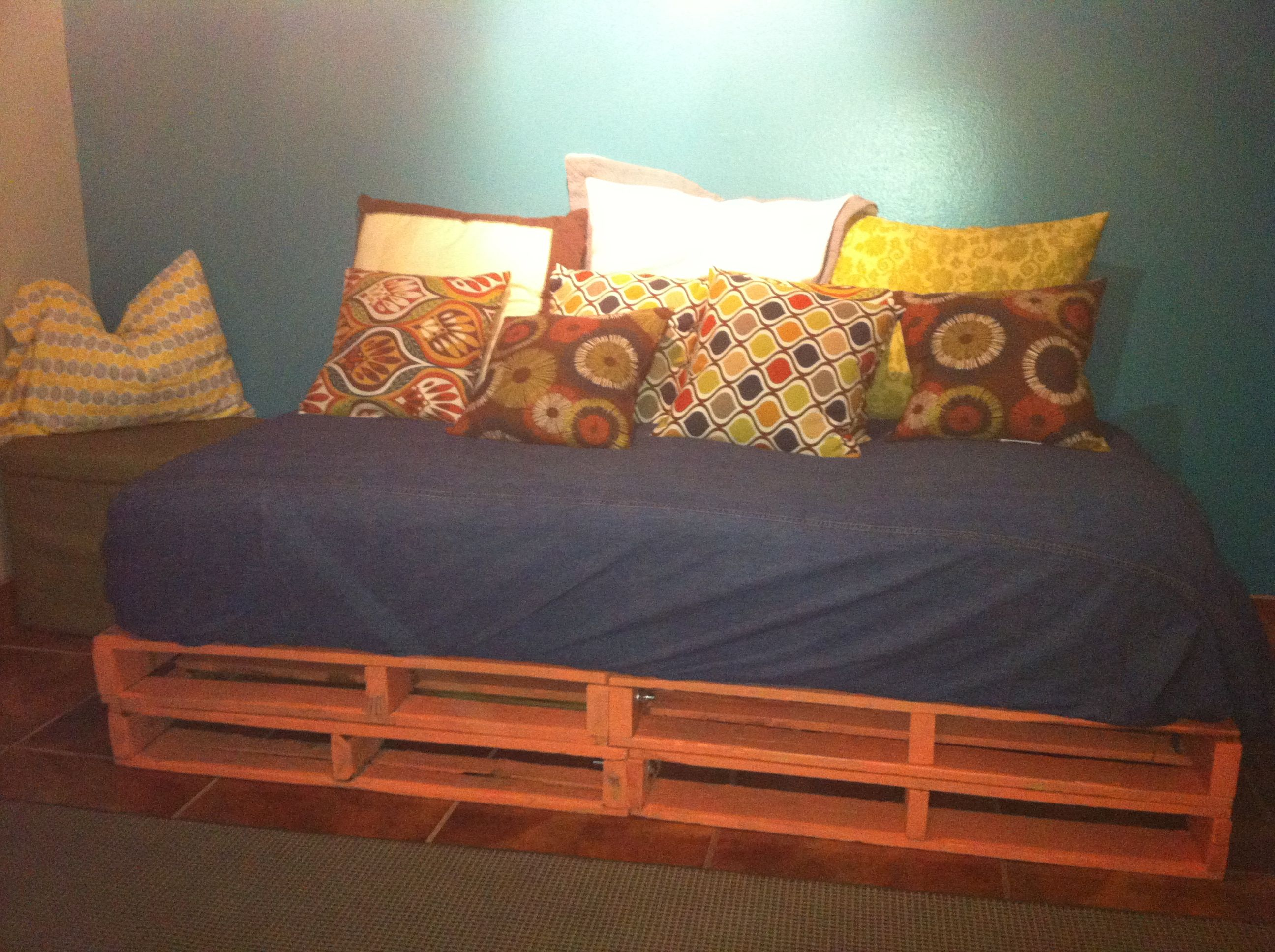 Pallet Bed Sofa Made With 4 Pallets Bolted Together Painted Them Bought A Twin Bunk Bed Mattress Bundle From