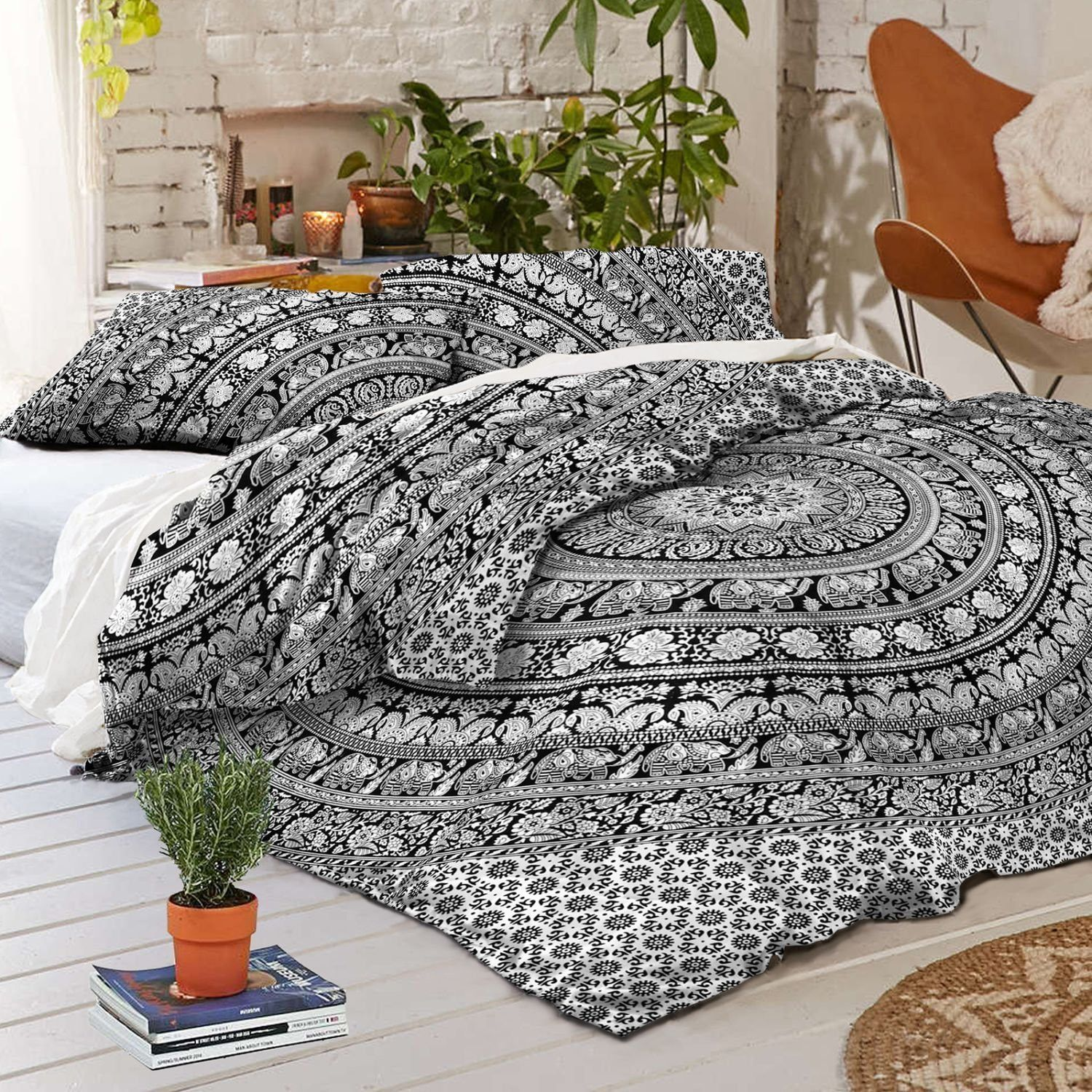 New Boho Hippie Mandala Black Tapestry Full Duvet Cover