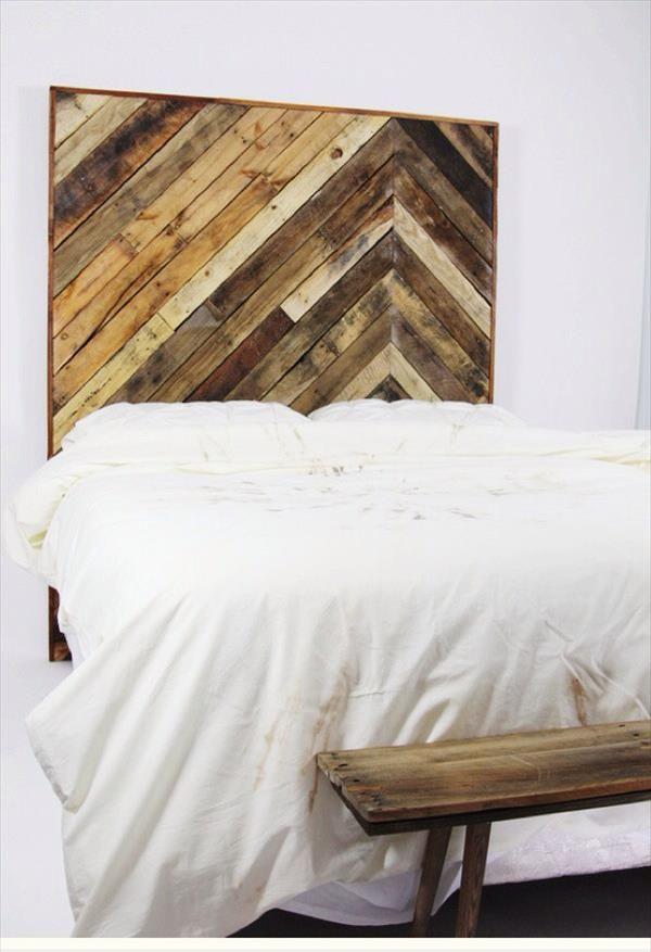 Kopfteil Für Bett Aus Europaletten Selber Bauen   DIY Anleitung   DIY,  Möbel | Headboard Pallet, Pallet Furniture And Pallets