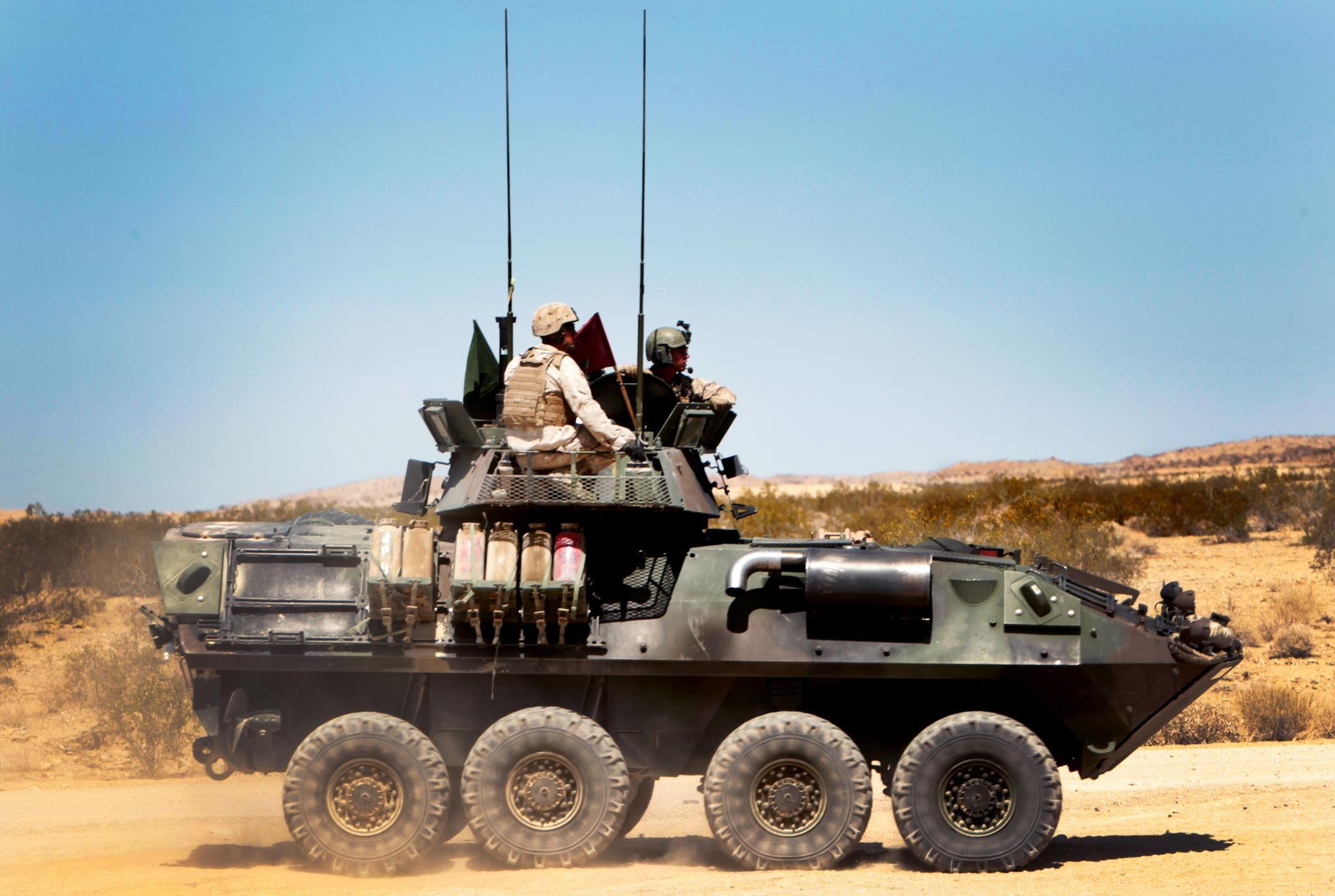Usmc Light Armored Vehicle Lav Tanks Military Military Vehicles Marine Corps