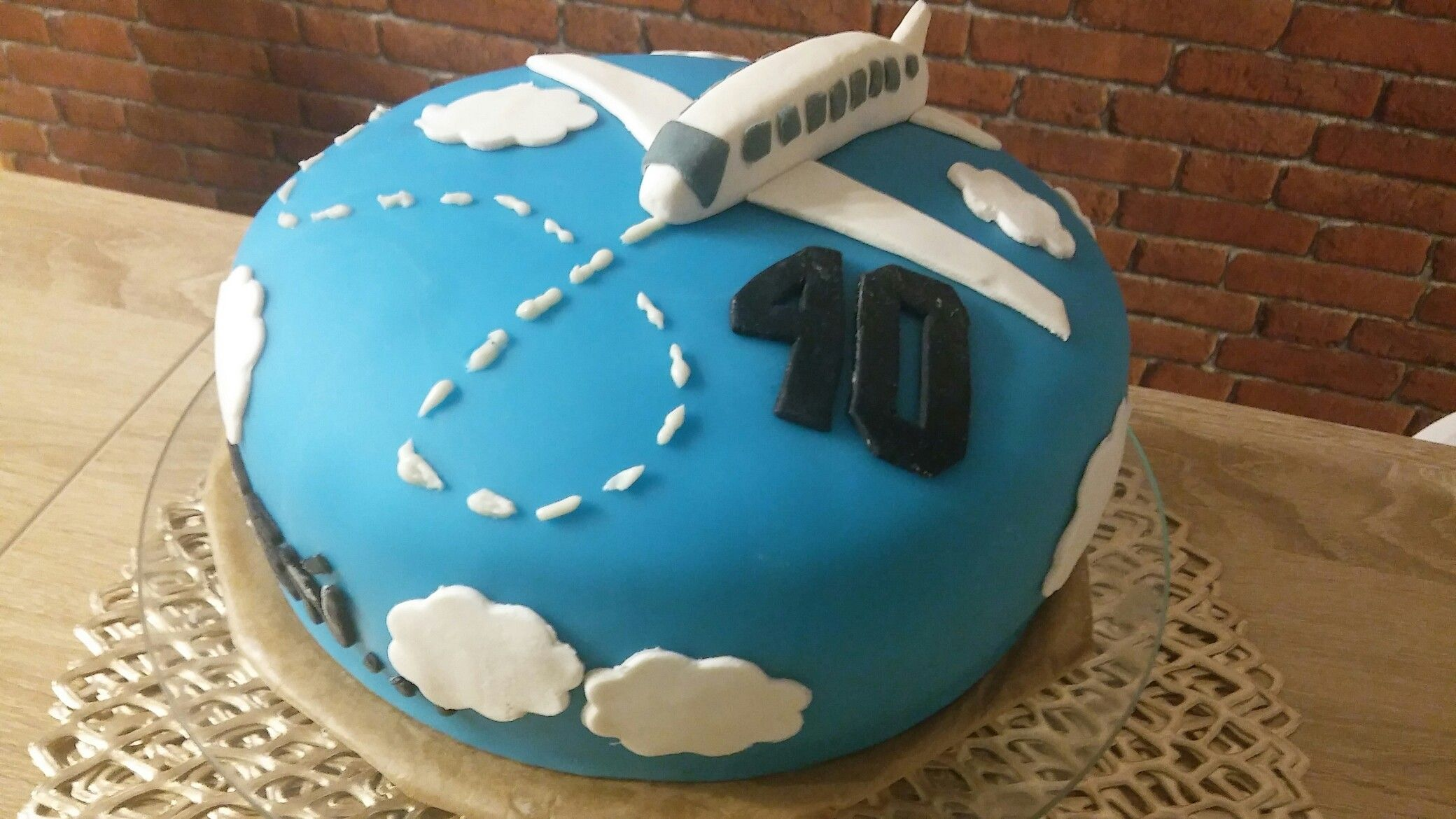 Tort Na 40 Urodziny Dla Podroznika Tort 40 Urodziny Ciasta