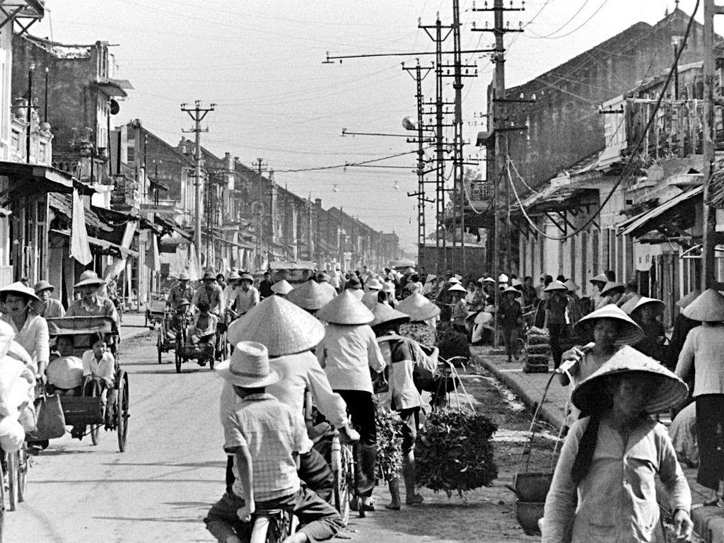 Phong Vũ Blog: Những hình ảnh thời bao cấp / phần 3 | Du lịch, Hà nội, Việt  nam