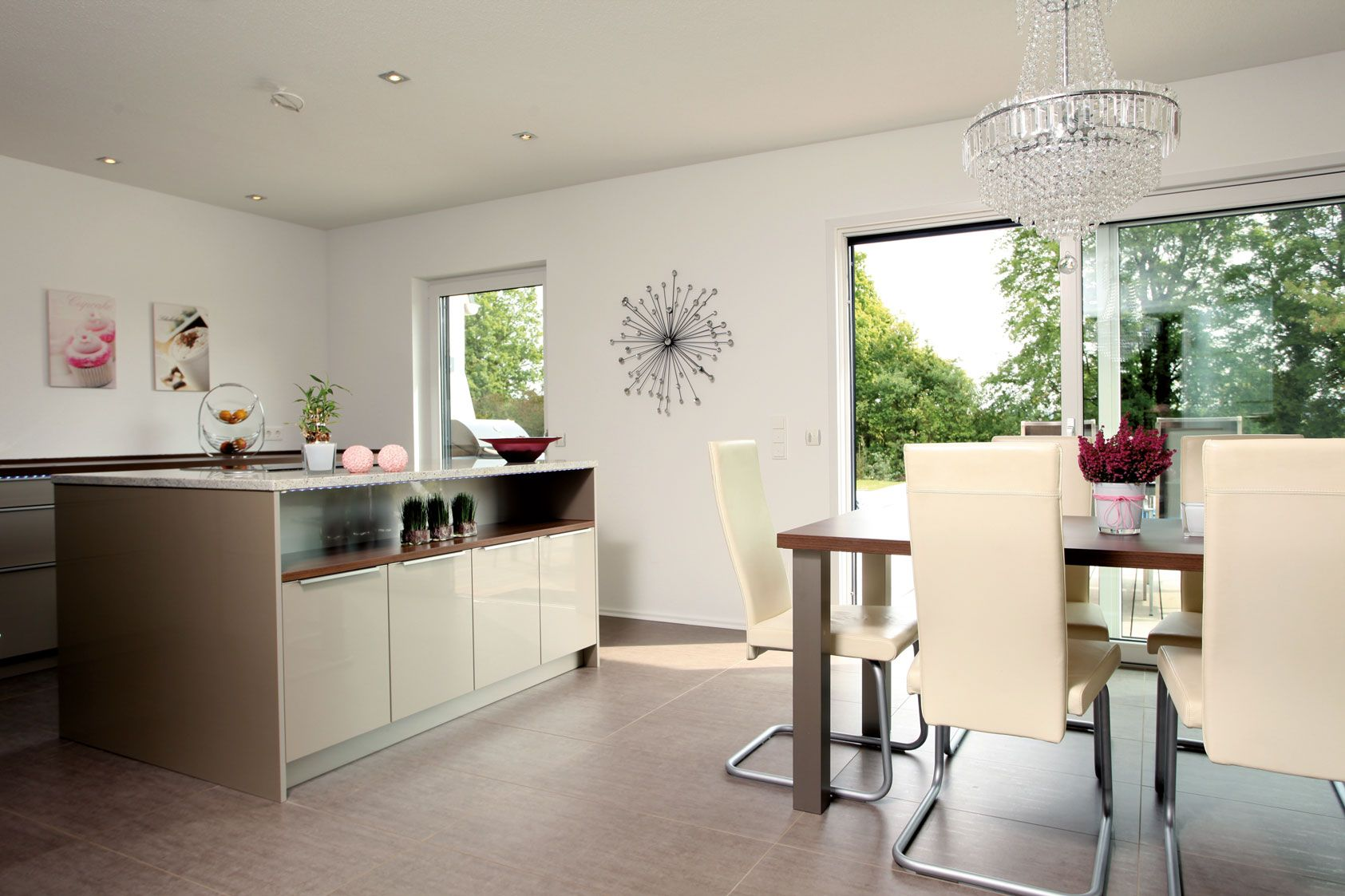 Wohnideen Wohnküche wohnideen offene wohnküche in beige und hochglanz