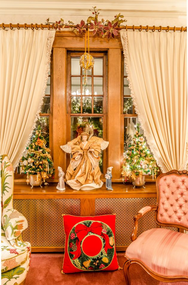 #christmas #angel #livingroomdecor #christmasangels