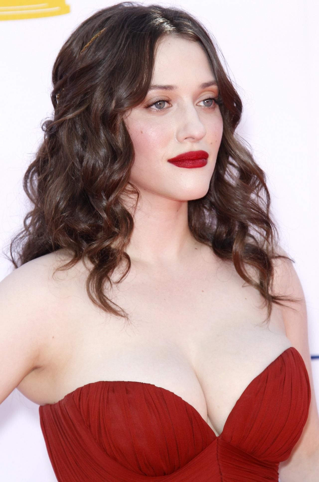 kate dennings brüste
