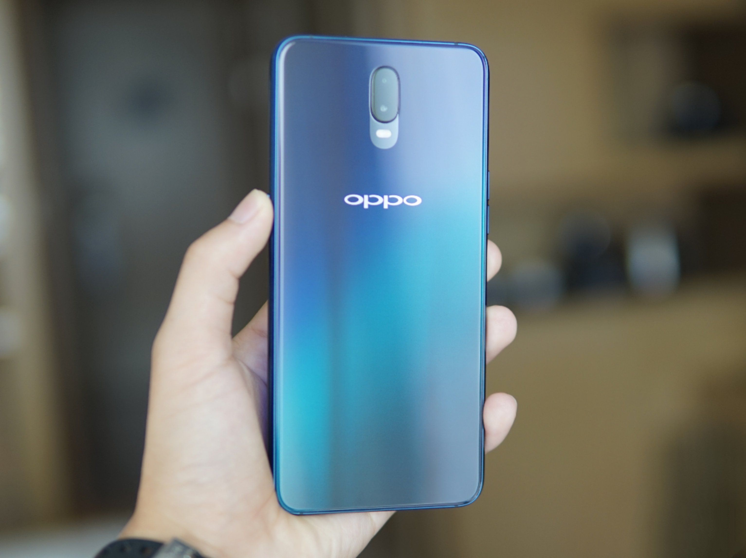 OPPO R17 initial review is it worth ing OPPO officially released two new mobile