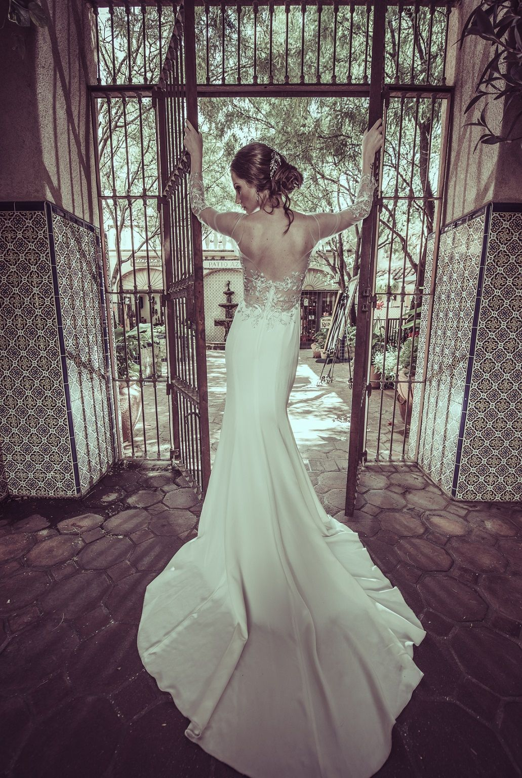 Styled Shoot Liancarlo Wedding Gown Style 6824 Makeup Makeupbutterfly Photo By Neal Mei Photogra Bridal Style Wedding Gown Styles Mermaid Wedding Dress