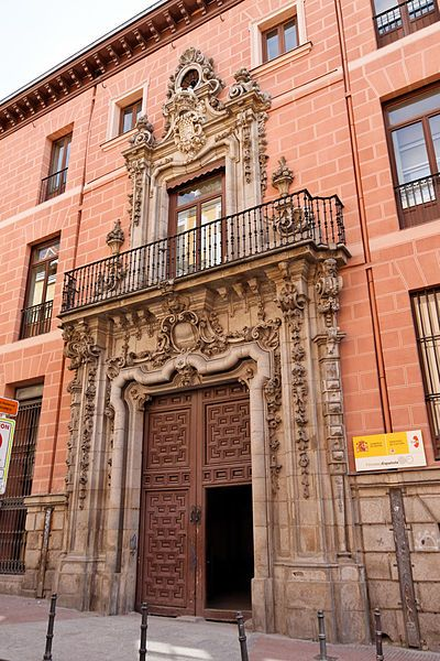 Palacio del Marqués de Perales.calle Magdalena, 10.Fue construído entre 1731 y 1732 Por Pedro de Ribera