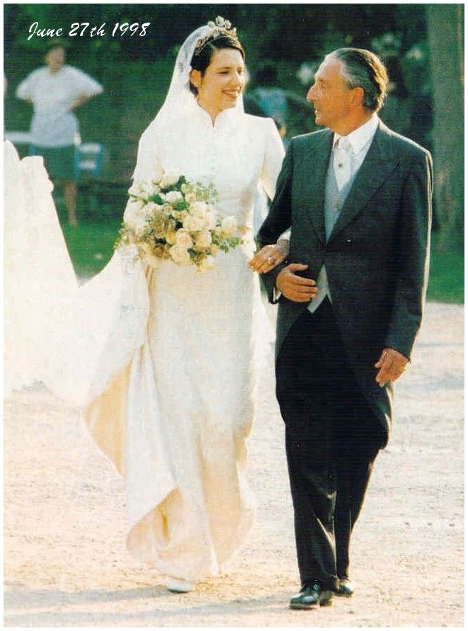 genevieve pearson wedding. princess alexandra of greece on her way to the church, wearing mother\u0027s floral tiara genevieve pearson wedding n