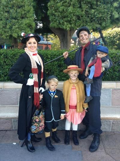 Mary Poppins Theme Themed Halloween Costumes Family Halloween Costumes Disney Family Costumes