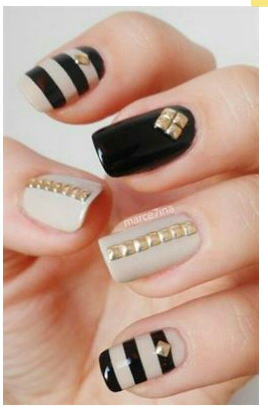 Gold square studded nails on nude and black nails - Pin By Yessenia Chavez On Nail Ideas Pinterest Nude, Pedi And