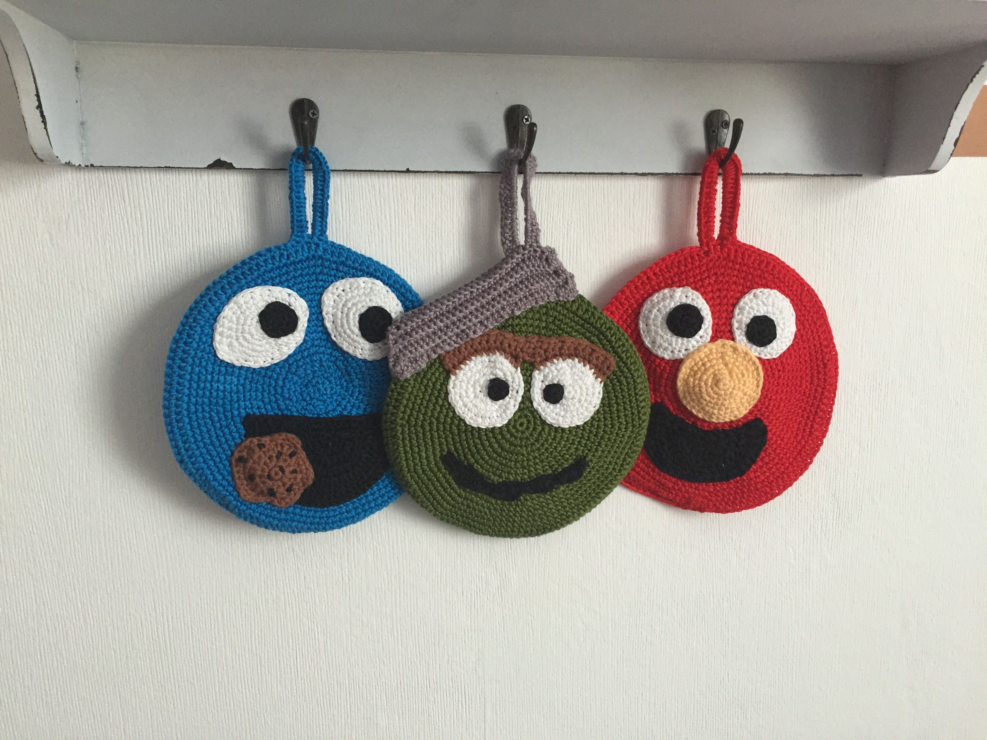 Topflappen Elmo, Krümelmonster & Oscar gehäkelt ;) by Biene ...