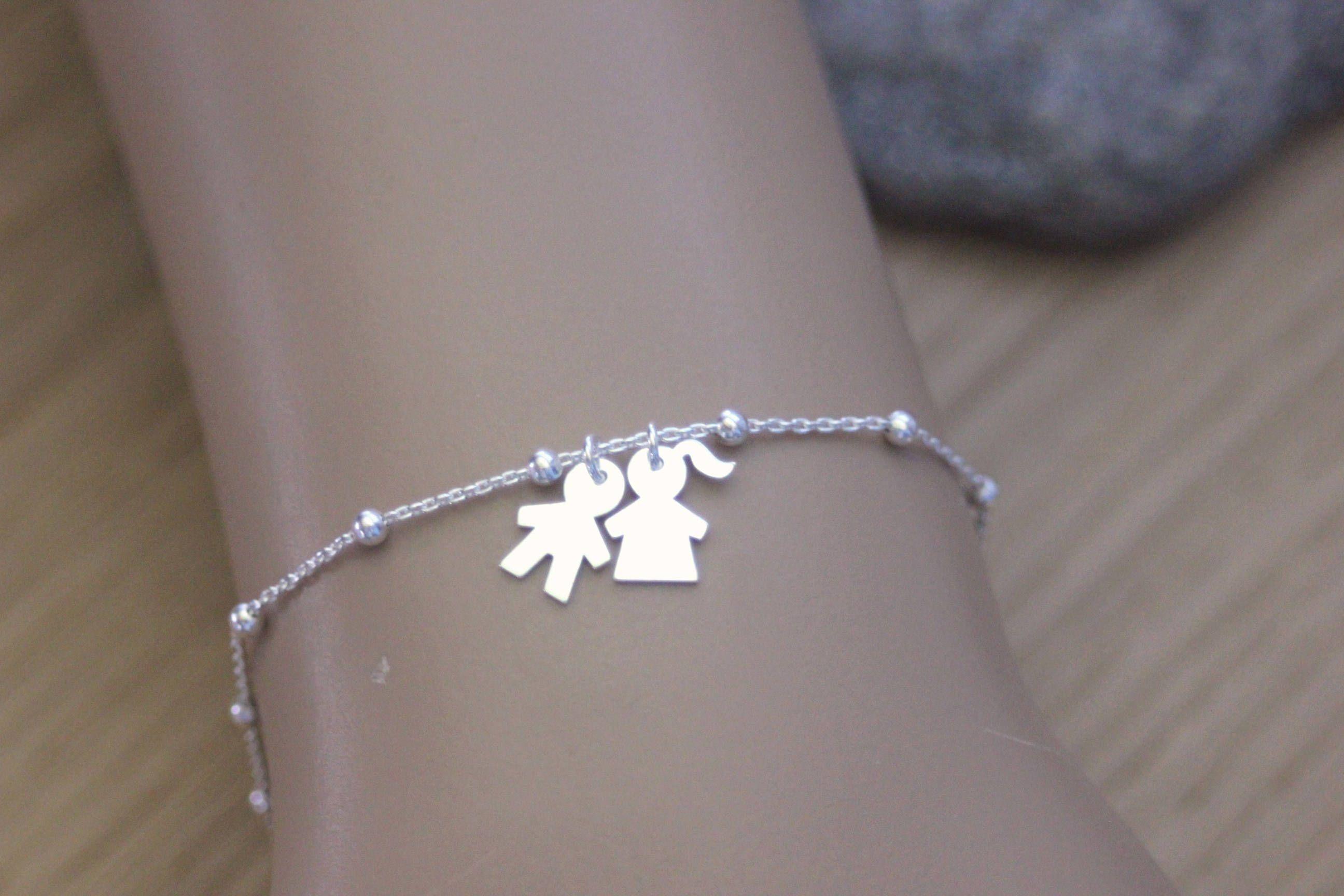 Bracelet argent massif avec 2 breloques petite fille ou petit garçon ,  bracelet fin en argent
